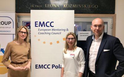 PIOTR Jaworski z EMCC Poland prezentuje dla działów HR